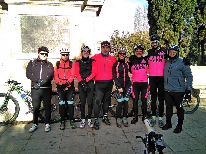 Salidas Carretera y Btt (Valmadrid)-(Planas)